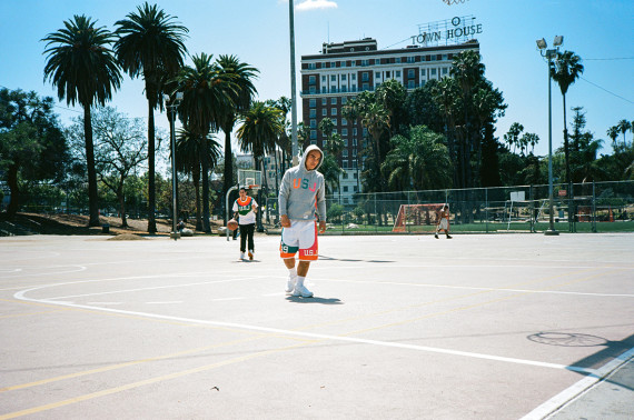 slam-jam-undefeated-capsule-collection-02-570x378