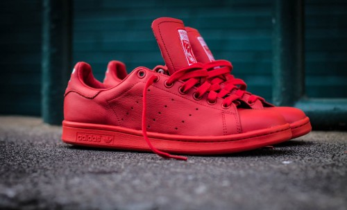 Pharrell-Williams-Stan-Smith-Solid-Red-500x303