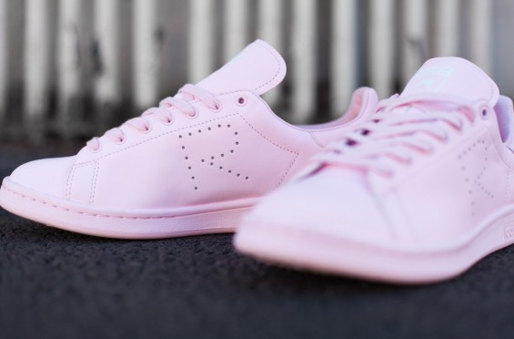 Raf_Simons_Stan_Smith_Pink-2_1024x10241-565x372