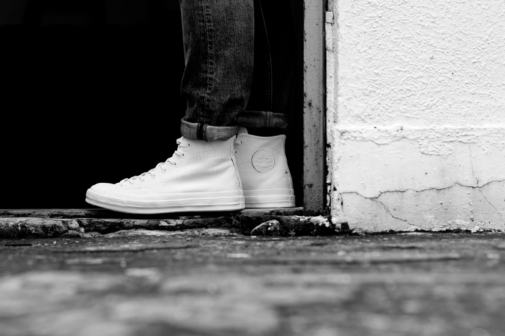 a-closer-look-at-the-maison-martin-margiela-x-converse-first-string-2014-spring-summer-collection-1