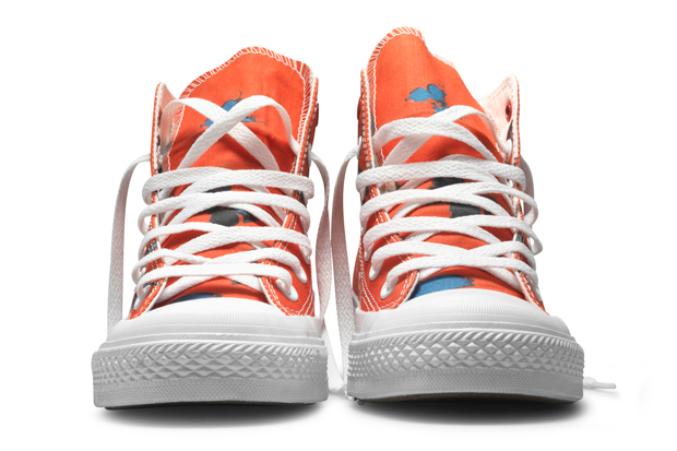 damien-hirst-x-converse-product-red-chuck-taylor-hi-1