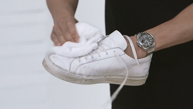 how-to-clean-sneakers-630x354