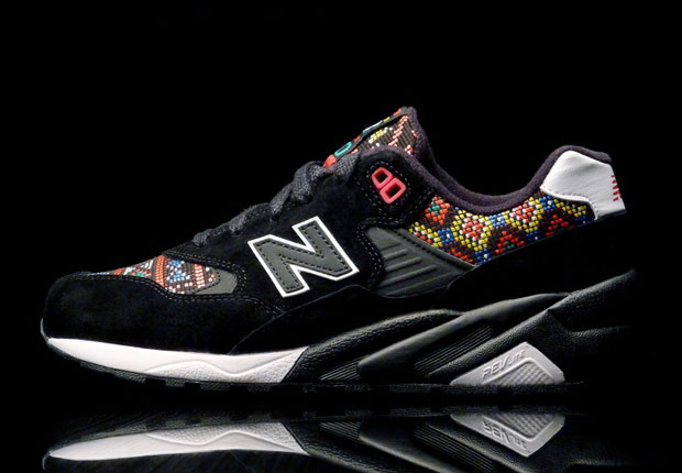 new-balance-mt580-mexican-tile-01