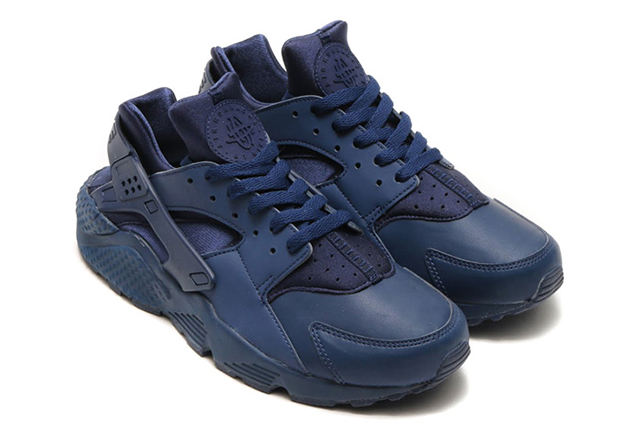 NIKE-AIR-HUARACHE-INDEPENDENCE-DAY-PACK4