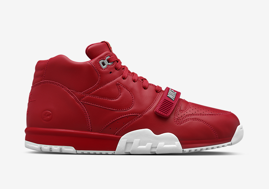 fragment-nike-air-trainer-1-black-red-8