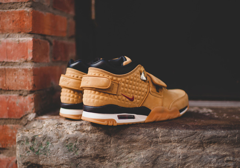 nike-air-cruz-trainer-wheat-release-date-04