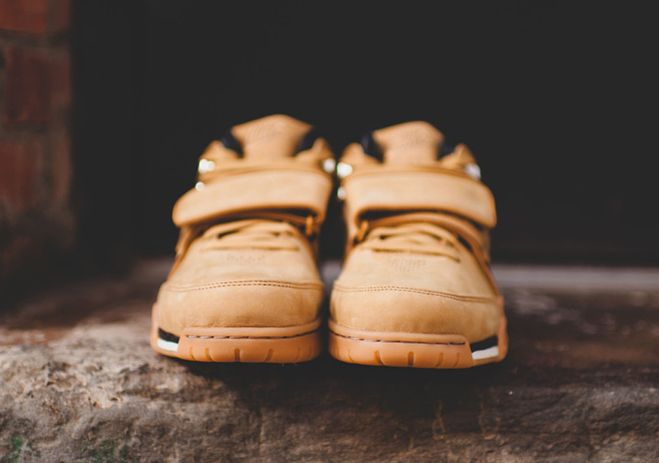 nike-air-cruz-trainer-wheat-release-date-05