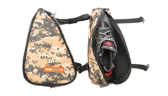sole-pack-sneaker-carriers