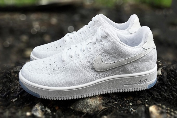 nike-force-1-flyknit-low-white-ice-681x454