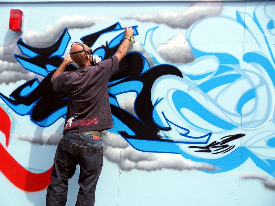 painting_in_north_london_with_the_graffiti_kings_by_brave_one-d4q05lg