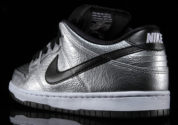 nike-sb-dunk-low-cold-pizza-3
