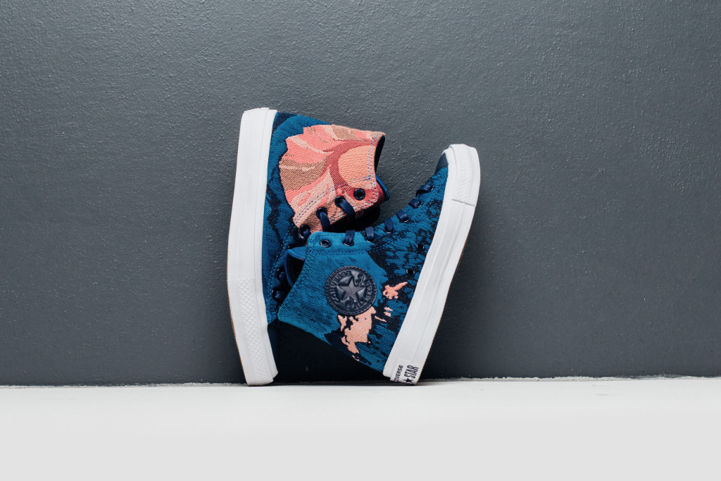 Converse_Engineered_Canvas_Feature_Lv-2_1024x1024
