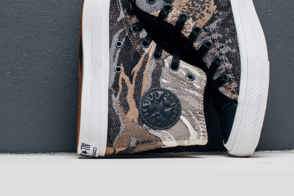 Converse_Engineered_Canvas_Feature_Lv-5_1024x1024