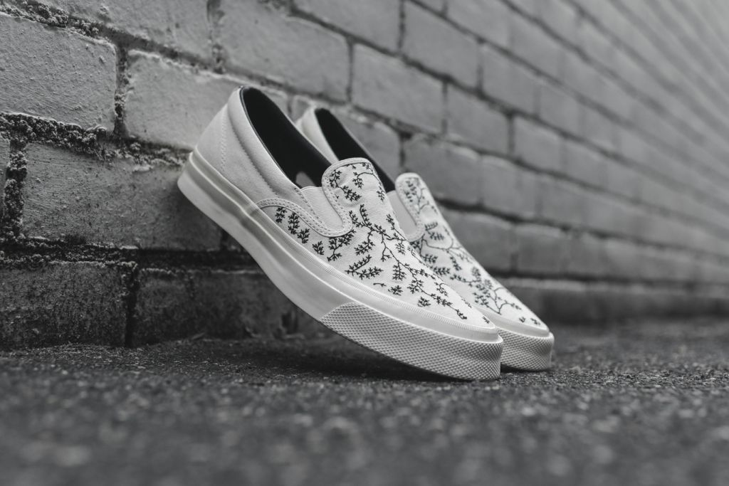 converse-deck-star-slip-67-may-flowers-pack-kith-444