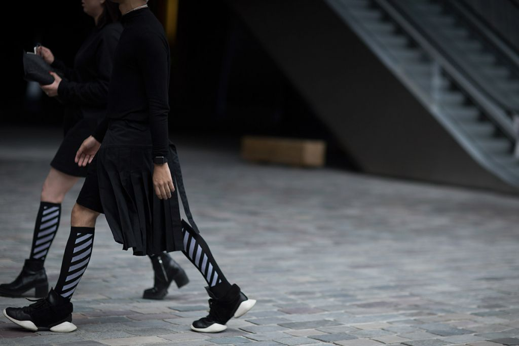 off-white-ss17-street-style-03