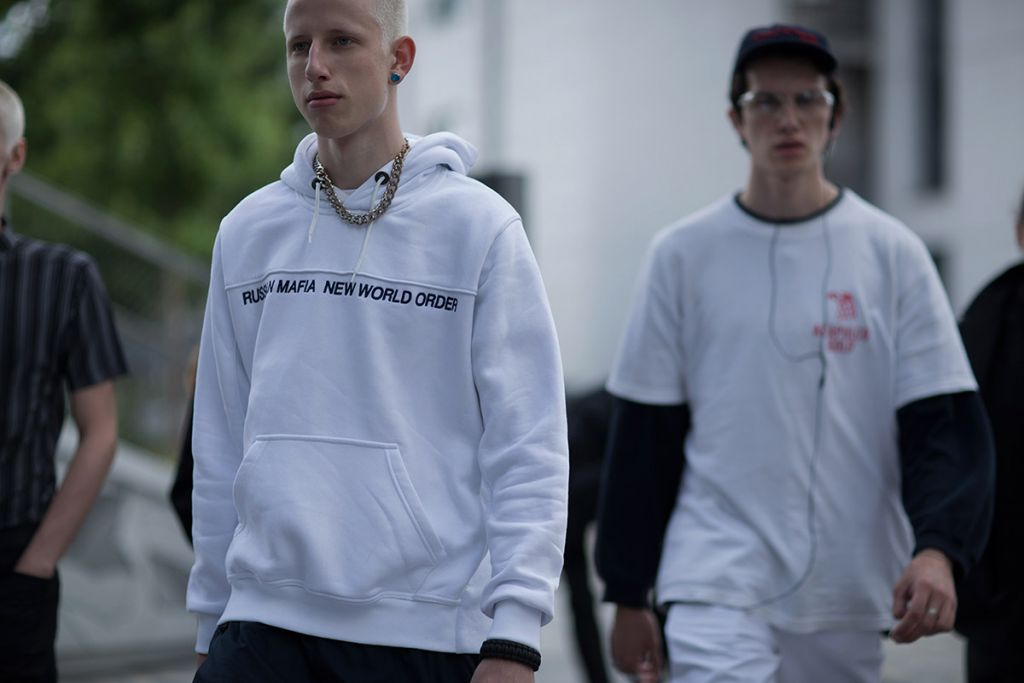 off-white-ss17-street-style-13