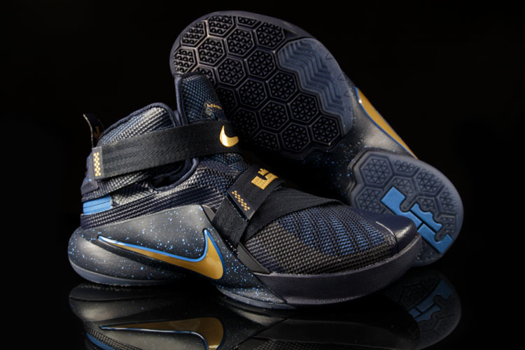 eng_pl_Basketball-Shoes-Soldier-IX-Flyease-8659_4
