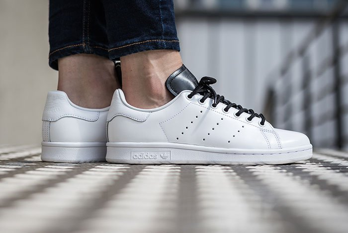 ADIDAS-STAN-SMITH-WHITEBLACK-2