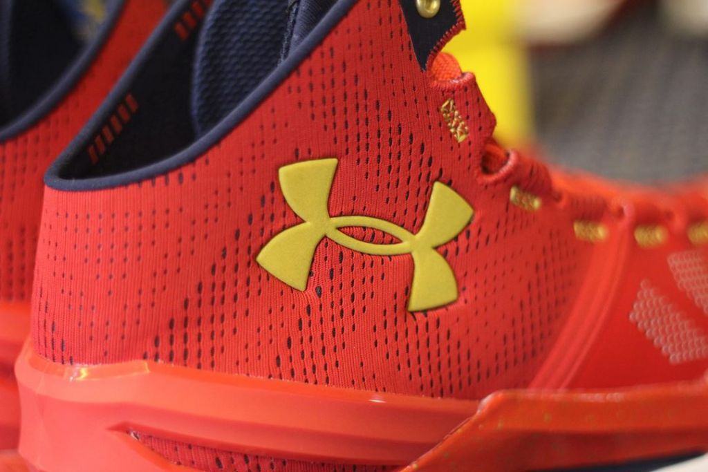 snkrvn-curry-two-2