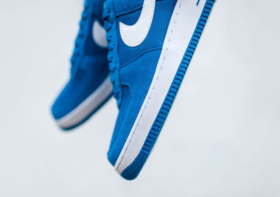 nike-air-force-1-low-star-blue-suede-3
