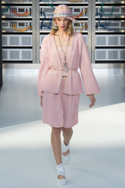 chanel-2017-spring-summer-collection-19