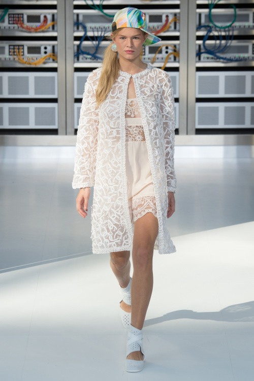 chanel-2017-spring-summer-collection-22