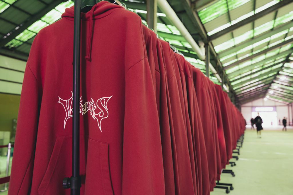 vetements-seoul-pop-up-store-5