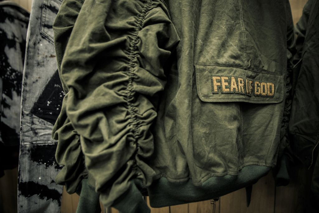 fear-of-god-pop-up-los-angeles-maxfield-35