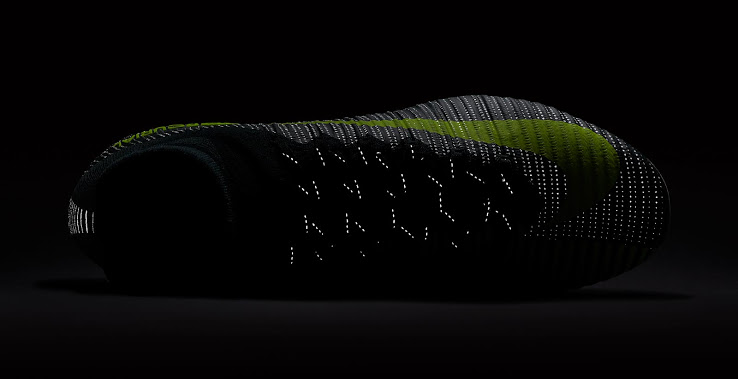 nike-mercurial-superfly-v-cristiano-ronaldo-chapter-3-discovery-boots-9