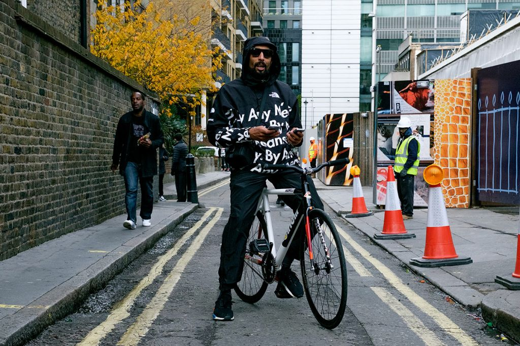 supreme-north-face-fw16-street-style-13