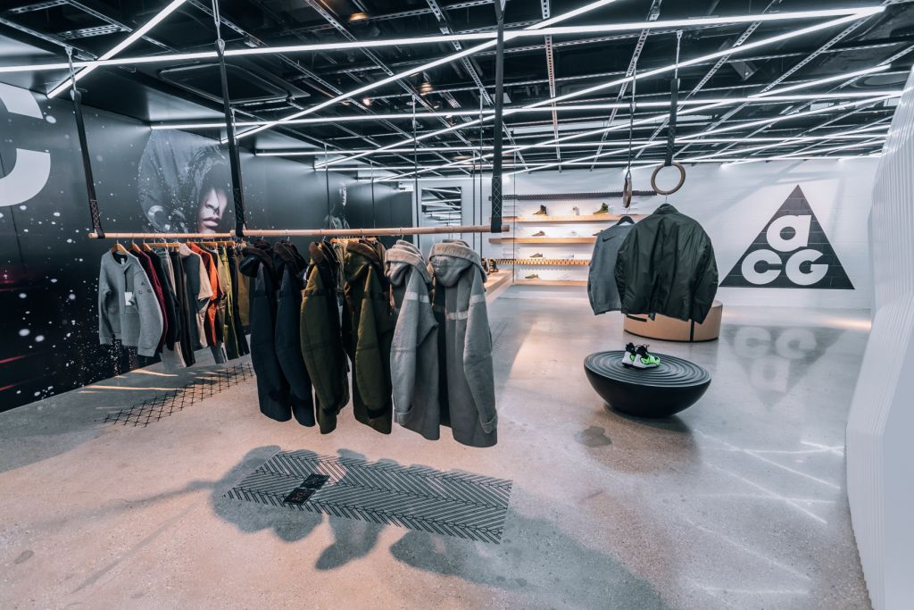 inside-nikelab-chicago-5