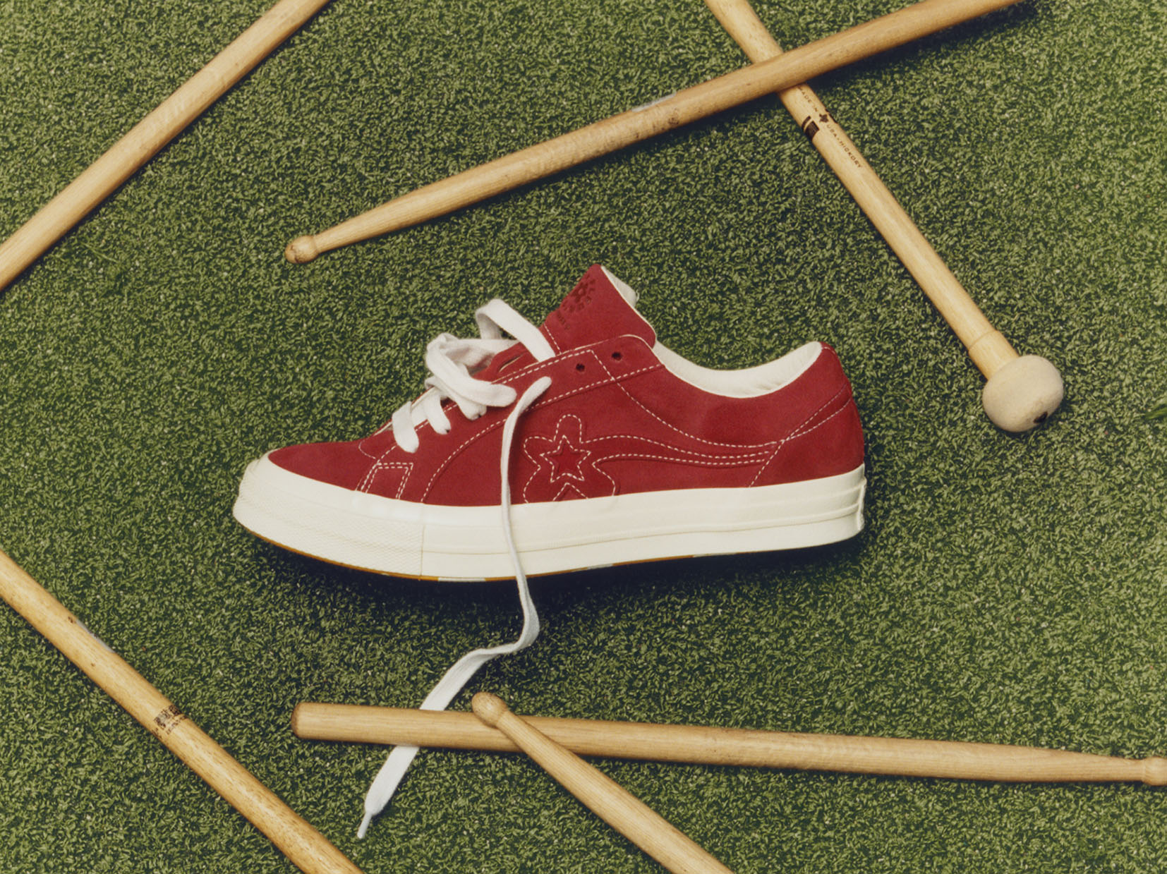 Top 10 red sneakers - Converse GOLF le FLEUR