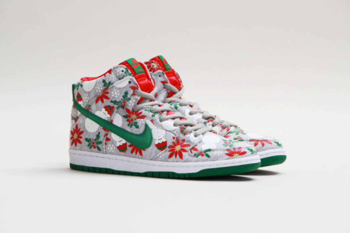 "Concepts x Nike SB Dunk Hi ""Ugly Christmas Sweater"" Grey"