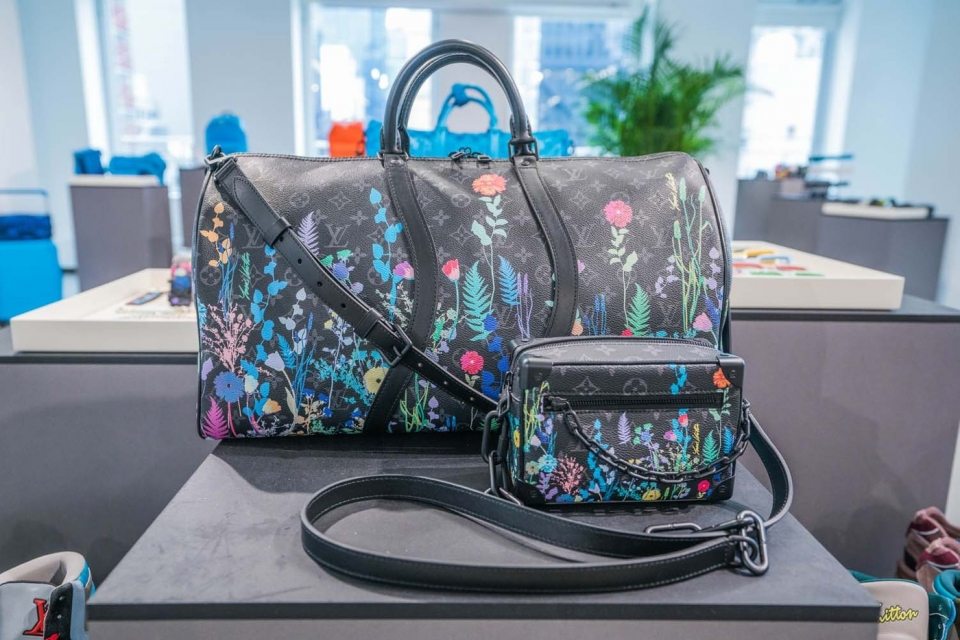 https---hypebeast.com-image-2019-11-louis-vuitton-spring-summer-2020-preview-ny-28